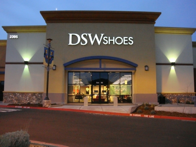 Rochester Hills Shoe Stores