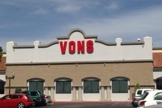 Vons Store Front Picture at 522 N Orange St in Redlands CA