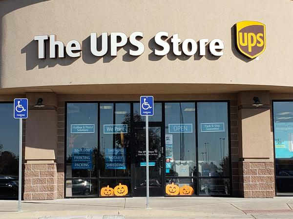 Facade of The UPS Store Layton