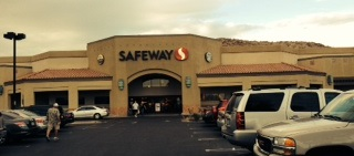 Safeway Store Front Picture at 1334 E Chandler Blvd in Phoenix AZ