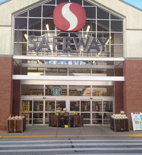 Safeway Store Front Picture at 10000 Baltimore National Pike in Ellicott City MD