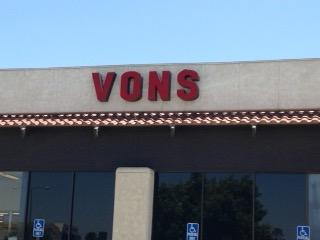 Vons Store Front Picture at 27220 Sun City Blvd in Sun City CA