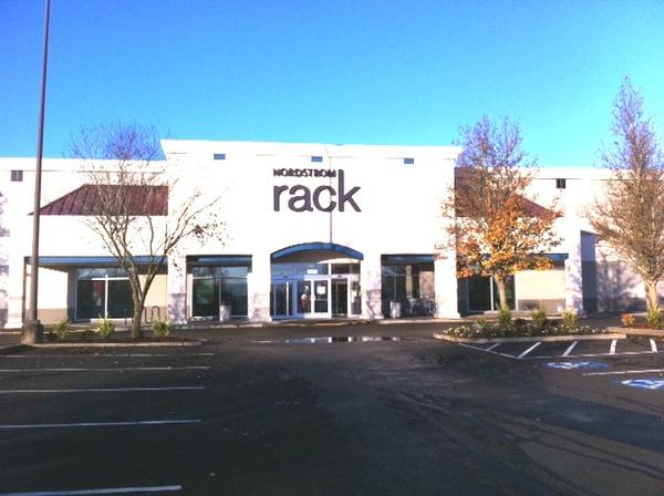 Nordstrom Rack Tanasbourne Town Center Clothing Store