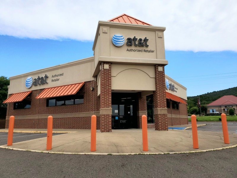 AT&T Store - Airport Road - Hot Springs, AR – iPhone