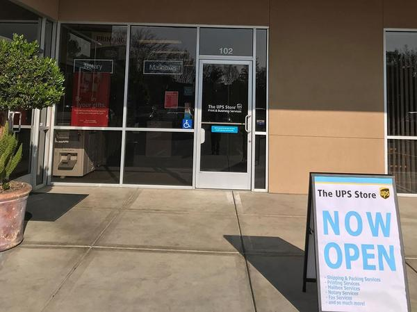The UPS Store Clovis: Shipping & Packing, Printing and Mailboxes in