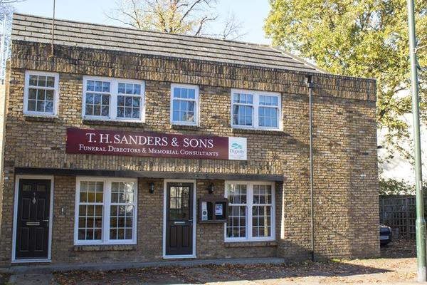 T H Sanders & Sons Funeral Directors in Ham Common