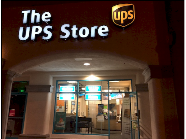 Facade of The UPS Store San Diego