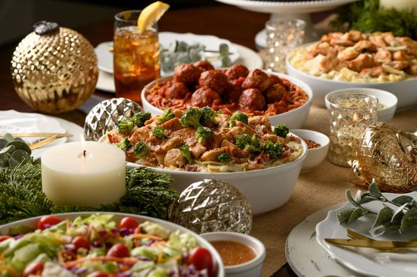 Family Gatherings & Holiday Meals