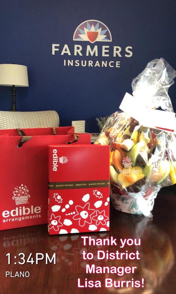 Beautiful (and delicious) edible arrangement from District 21 Manager, Lisa Burris.