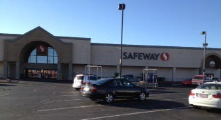 Safeway Store Front Photo at 1751 Highway 95 in Bullhead City AZ