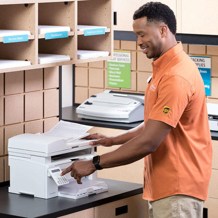 The UPS Store franchisee sending a fax