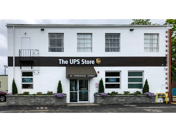 Facade of The UPS Store Providence