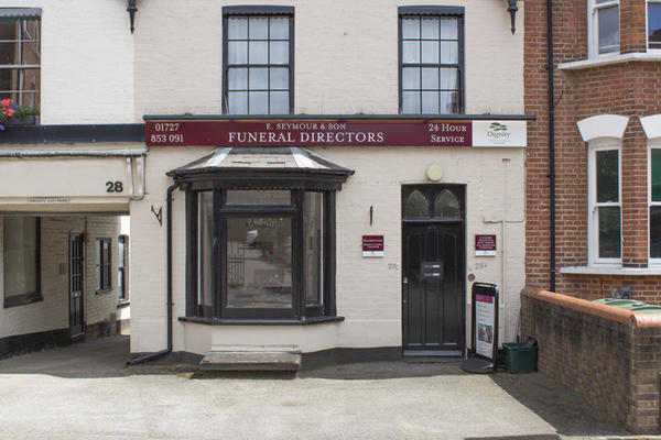 E Seymour & Son Funeral Directors in St Albans