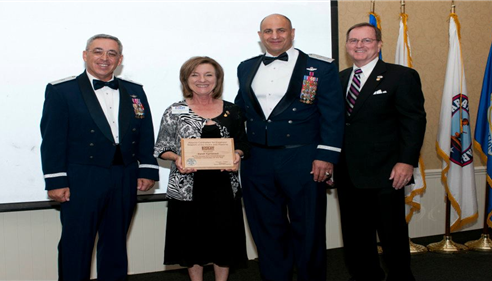 Sandi accepting the Employer Outreach Award at ESGR