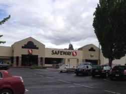 Safeway Store Front Photo at 1891 Pioneer Pkwy in Springfield OR