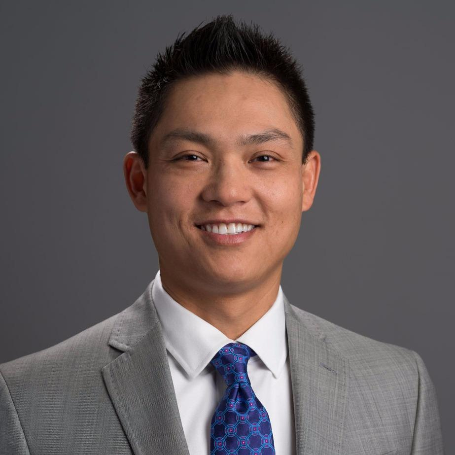 Headshot photo of Truong Nguyen