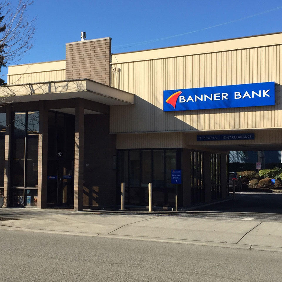 Banner Bank branch in downtown Mount Vernon