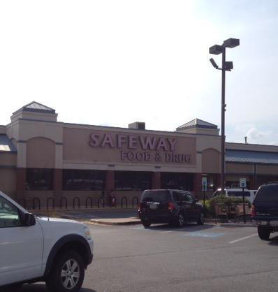 Safeway Store Front Picture at 6235 Oxon Hill Rd in Oxon Hill MD