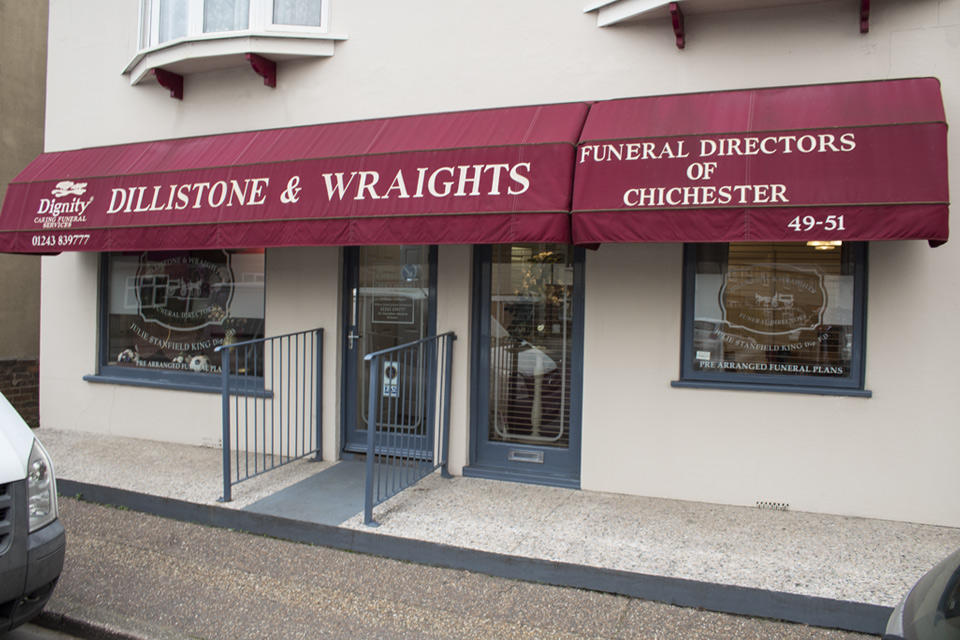 Dillistone & Wraights Funeral Directors in Chichester, West Sussex.