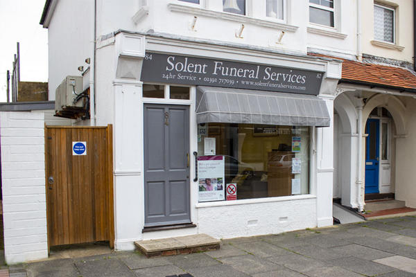 Solent Funeral Directors in Lee On The Solent