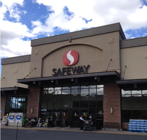 Safeway Store Front Picture at 2111 Adams Ave in La Grande OR