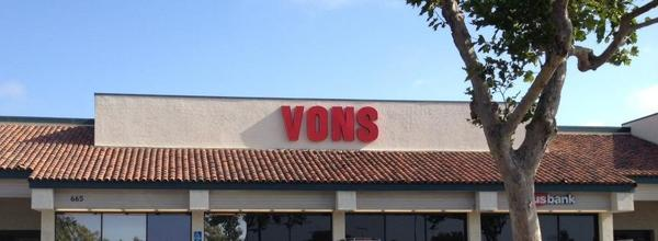 Vons Saturn Blvd Store Photo