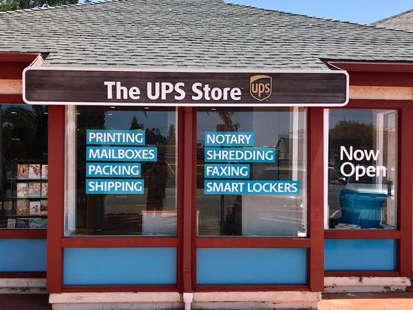 Facade of The UPS Store Del Mar