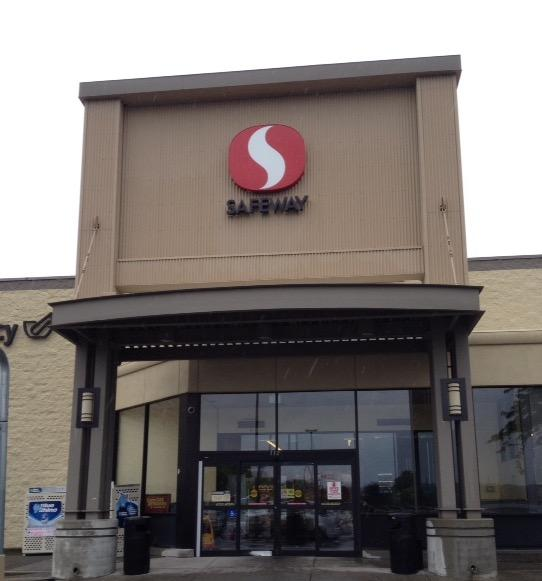 Safeway store front picture of 1320 S Blaine St in Moscow ID