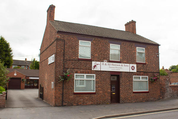 H & HJ Huteson & Sons Funeral Directors in Barton Upon Humber