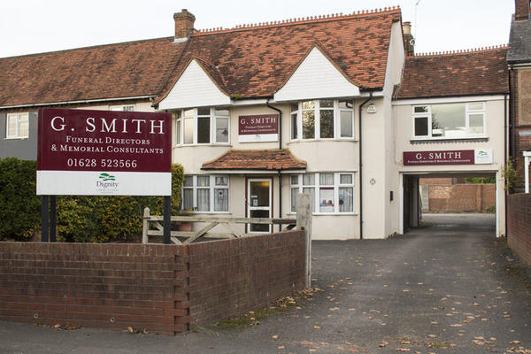 G Smith Funeral Directors in Wooburn Green