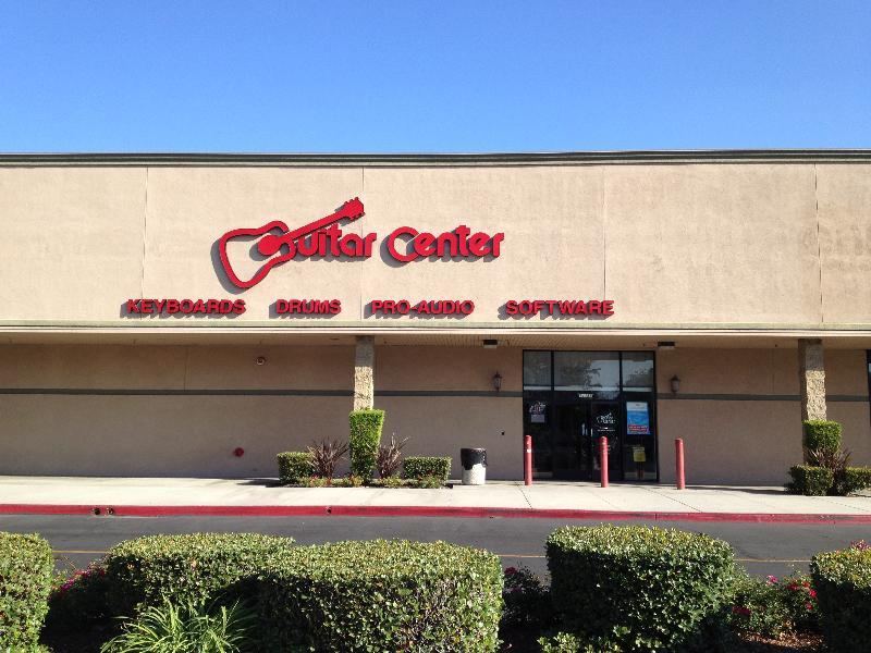 cerritos guitar center store. Black Bedroom Furniture Sets. Home Design Ideas
