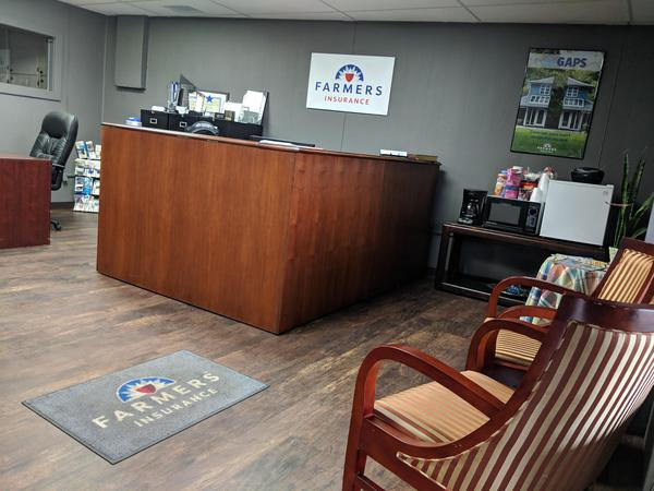 The lobby at your local Farmers® Insurance office.