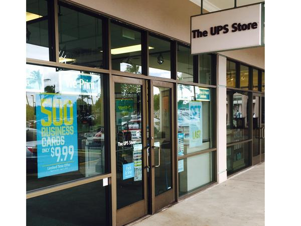 Facade of The UPS Store Kapolei