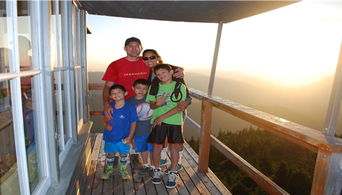 A nice hike to Kelley Butte Lookout tower with the family