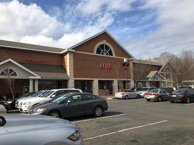 Acme Markets store front picture at 136 Lake St, Midland Park NJ