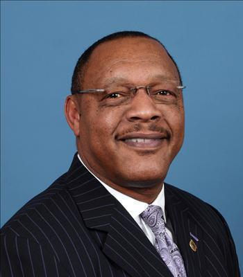 Photo of Luther Carter, Jr.