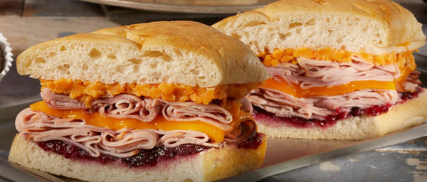 Earl-of-Sandwich-Holiday-Ham-Sandwich