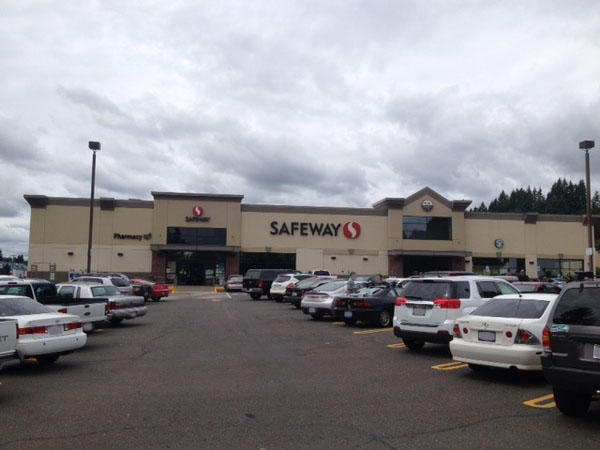 Safeway Store Front Picture at 600 Franklin St in Shelton WA