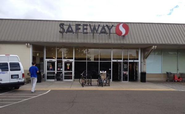 Safeway SW Third Ave Store Photo