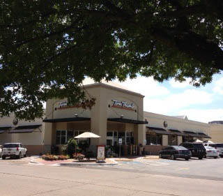 Tom Thumb Storefront Picture at 4001 Villanova in Dallas TX