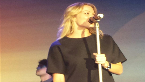Leann Rimes entertaining the attendees at Championship 2015 in Calgary.