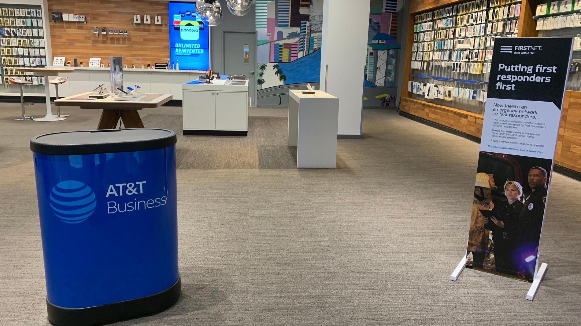 AT&T Store - Brickell City Centre - Miami, FL