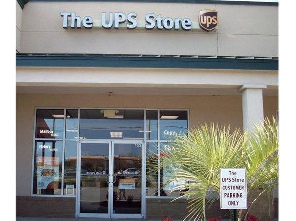 Facade of The UPS Store Myrtle Beach