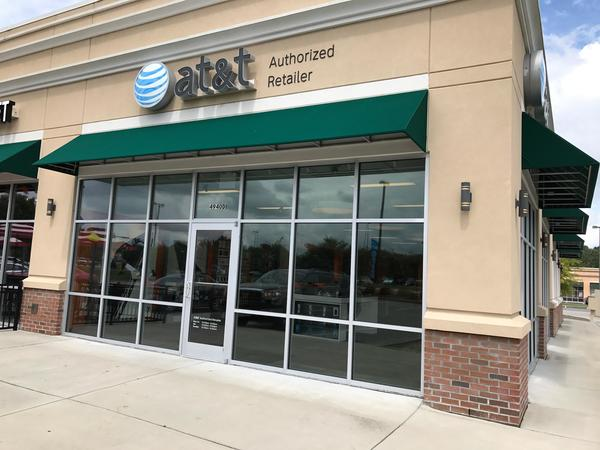 AT&T Store - Centre Pointe - Charleston, SC