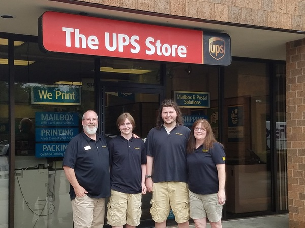 Facade of The UPS Store Albany