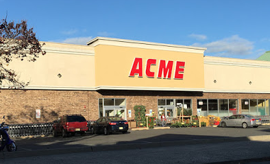 Acme Markets store front picture at 614 Clinton St in Hoboken NJ