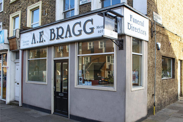 A E Bragg Funeral Directors in Lower Holloway, London.