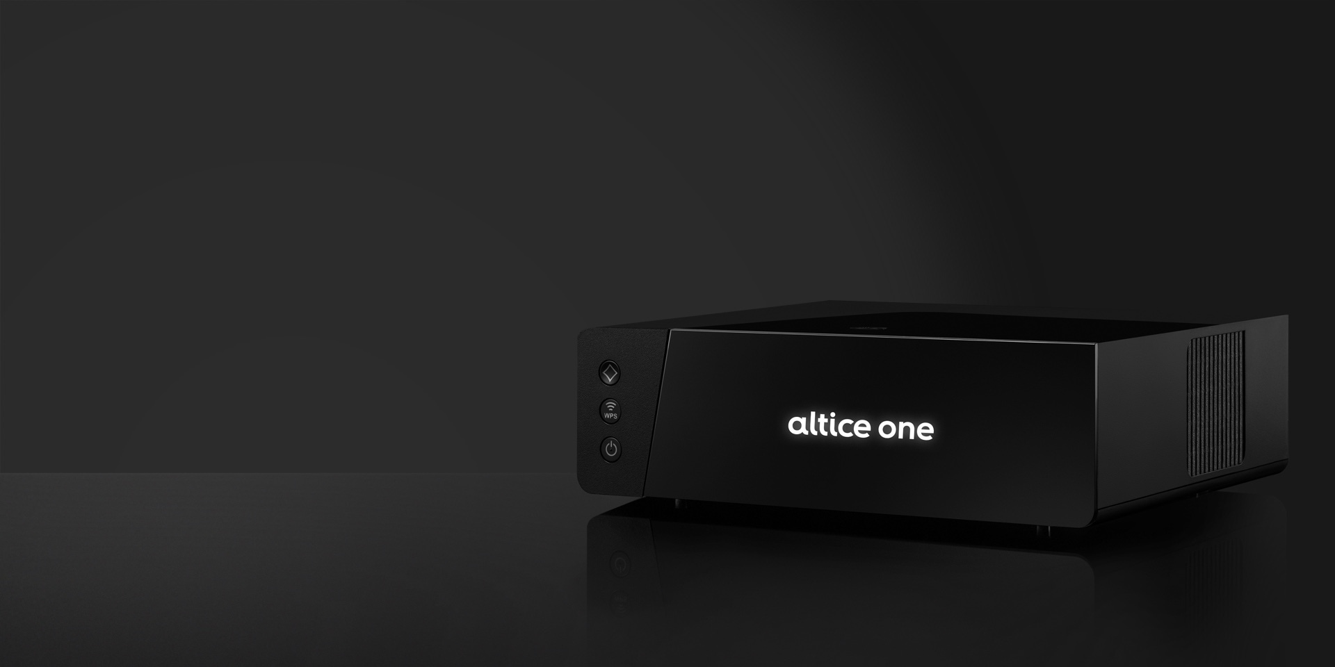 Photo of an all-in-one Altice One advanced WiFi router