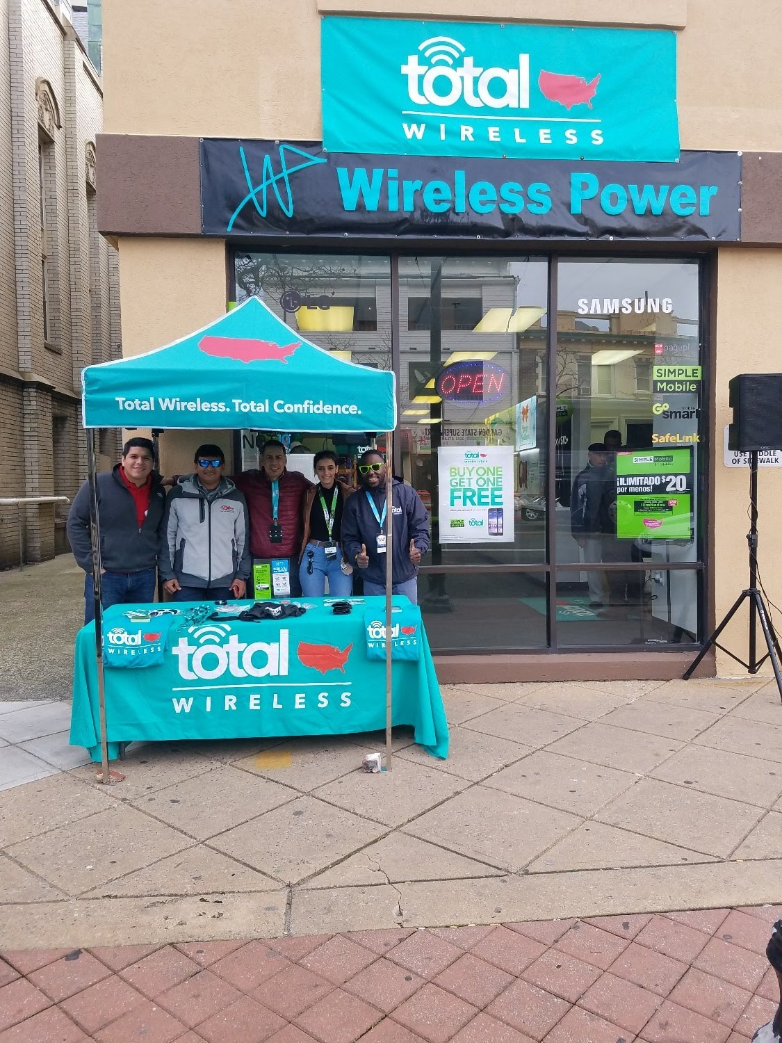 Total Wireless Store front image in Atlantic City,  NJ