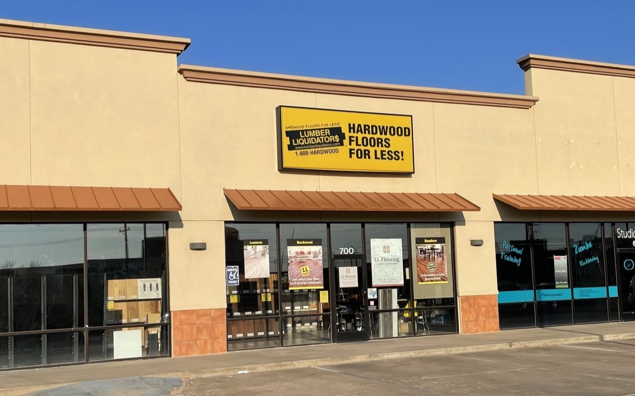 LL Flooring #1196 Lubbock | 5004 Frankford Ave | Storefront